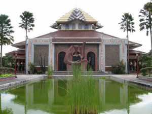 masjid-kampus-ugm