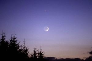 mars-venus-bulan2