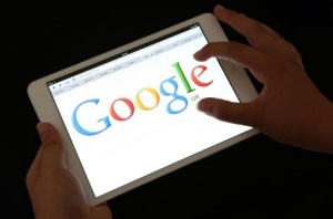 An-iPad-showing-the-Google-search-engine-home-page-2250500